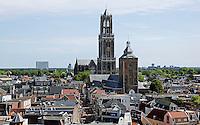 Nederland Utrecht 2015 08 08 . Centrum en de Domtotren