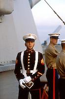 - US Marines on Missouri battleship in Naples harbour....- US Marines a bordo della corazzata Missouri nel porto di Napoli