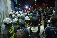 """SÃO PAULO, 01.08.2013 -  """"3º Grande ato Fora Alckmin e Cadê o Amarildo?"""" em São Paulo (SP), na tarde desta quinta-feira (1). Manifestantes entram em conflitos com policiais (Foto: Amauri Nehn / Brazil Photo Press)."""