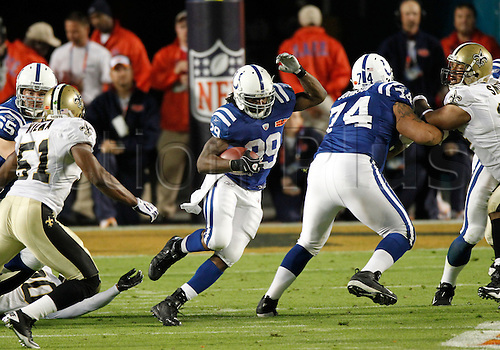 07 February 2010: Indianapolis Colts running back Joseph Addai (29) runs with the ball during the first half of the New Orleans Saints 31-17 victory over the Indianapolis Colts in Super Bowl XLIV at Sun Life Stadium in Miami, Florida. Photo : Icon SMI/Actionplus. Editorial UK Licenses Only