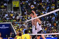RIO DE JANEIRO, RJ, 13 DE JULHO DE 2013 -LIGA MUNDIAL DE VOLEI-BRASILXEUA-  Wallace da seleção brasileira durante a partida Brasil x Estados Unidos na Liga Mundial de Volei , no Maracanazinho, na manhã deste sábado, 13, zona norte do Rio de Janeiro.FOTO:MARCELO FONSECA/BRAZIL PHOTO PRESS
