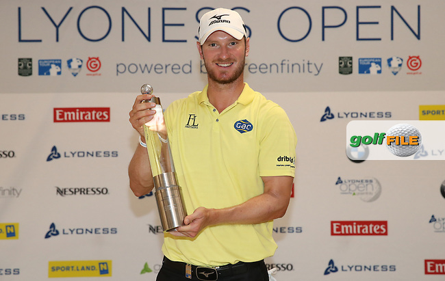 With a flawless round of 67 Chris Wood (ENG) wins the 2015 Lyoness Open powered by Greenfinity at the Diamond Country Club, Atzenbrugg, Vienna, Austria. 14/06/2015. Picture: Golffile | David Lloyd