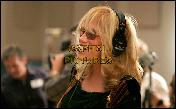 CARLY SIMON.in Pooh's Heffalump Movie.Filmstill - Editorial Use Only.CAP/AWFF.supplied by Capital Pictures.