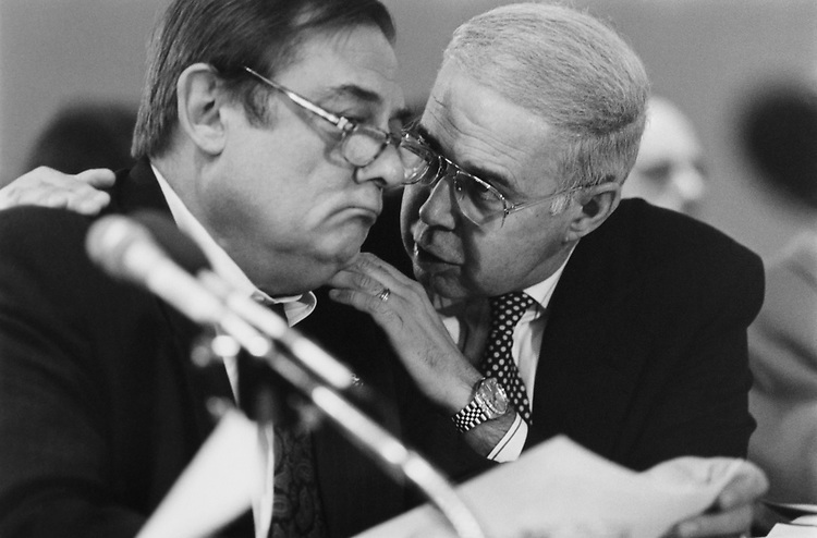 Rep. Bill Emerson, R-Mo., and Rep. Robert Smith Walker, R-Pa., sitting at a conference at Joint Committee on Congress meeting on Nov. 18, 1993. (Photo by Laura Patterson/CQ Roll Call)
