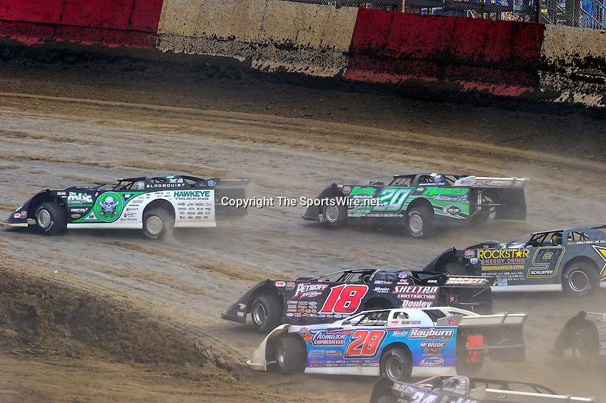 Feb 06, 2010; 3:42:26 PM; Gibsonton, FL., USA; The Lucas Oil Dirt Late Model Racing Series running The 34th Annual Dart WinterNationals at East Bay Raceway Park.  Mandatory Credit: (thesportswire.net)
