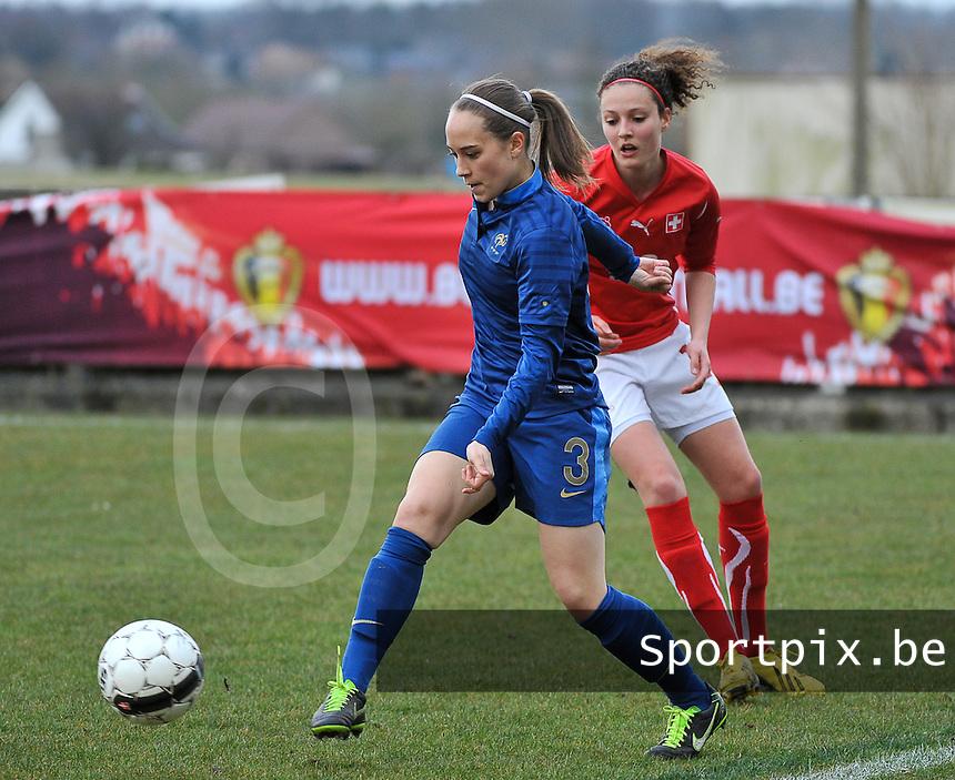 Switzerland U19 - France U19 : Charlotte Lorgere on the ball before Swiss Sabrina Ribeaud (right).foto DAVID CATRY / Nikonpro.be