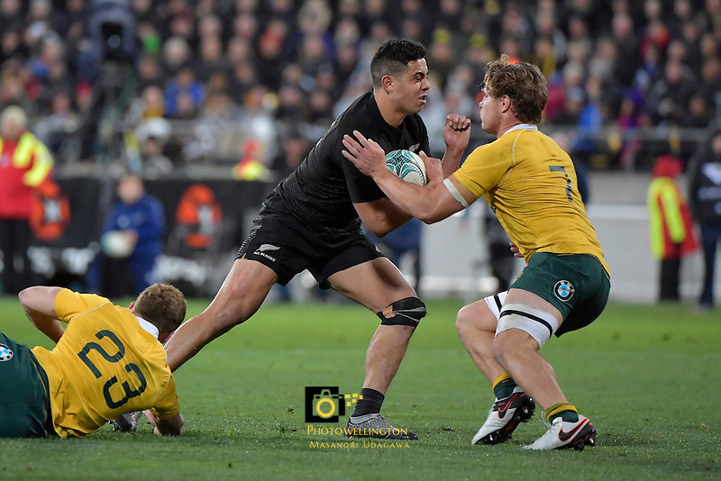 All Blacks' Anton Lienert-Brown in action during the All Blacks v Wallabies. The Rugby Championship &amp; Bledisloe Cup at Westpac Stadium, Wellington, New Zealand on Saturday 27 August 2016.<br /> Photo by Masanori Udagawa. <br /> www.photowellington.photoshelter.com.