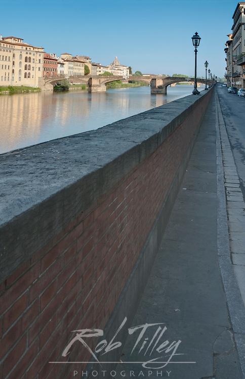 Europe, Italy, Tuscany, Florence, Arno River at Sunrise