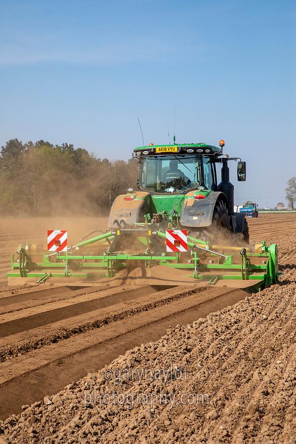 Potato planting - Lincolnshire, April