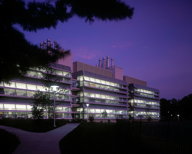 National Institutes of Health John Edward Porter Neurosciences Research Center | Rafael Viñoly Architects