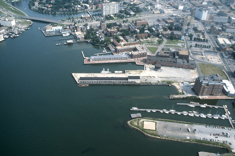 1985 ..Redevelopment.Downtown West (A-1-6)..FREEMASON HARBOR.LOOKING NORTH..NEG#.NRHA#..