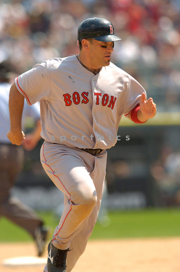 Doug Mirabelli, of the Boston Red Sox, during their game against the Chicago White Sox on July 8, 2006 in Chicago...Red Sox win 9-6..David Durochik / SportPics