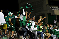 PALMIRA - COLOMBIA, 19-09-2018: Hinchas de Deportivo Cali, animan a su equipo, durante partido entre Deportivo Cali (COL) y Liga Deportiva Universitaria de Quito (ECU), de los octavos de final, llave H, por la Copa Conmebol Sudamericana 2018, jugado en el estadio Deportivo Cali (Palmaseca) en la ciudad de Palmira. / Fans of Deportivo Cali, cheer for their team, during a match between Deportivo Cali (COL) and Liga Deportiva Universitaria de Quito (ECU), of eighth finals, key H, for the Copa Conmebol Sudamericana 2018, at the Deportivo Cali (Palmaseca) stadium in Palmira City Photo: VizzorImage  / Luis Ramirez / Staff.