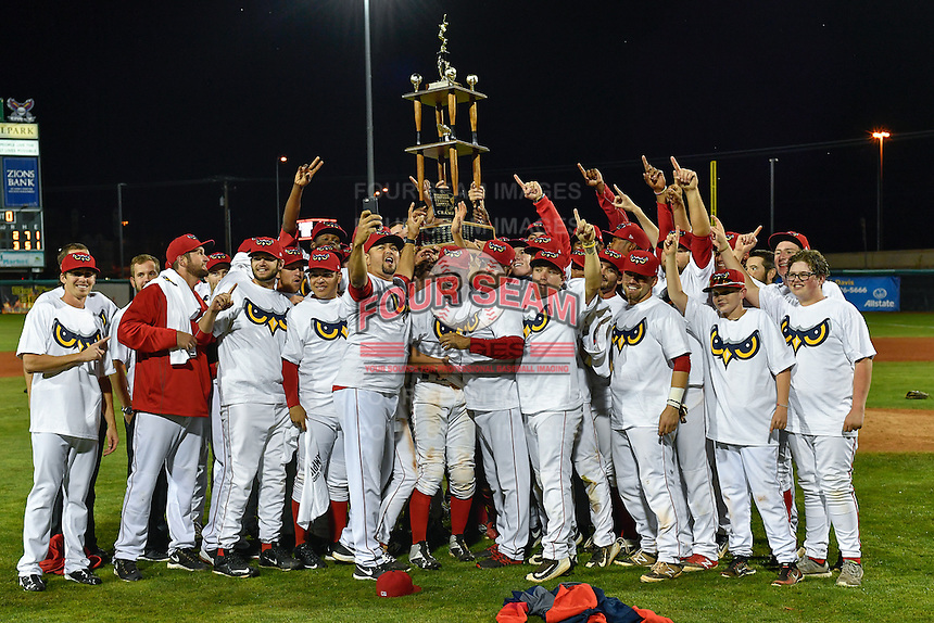 Orem Owlz hoist the championship trophy after defeating the Billings Mustangs in Game 2 of the Pioneer League Championship at Home of the Owlz on September 16, 2016 in Orem, Utah. Orem defeated Billings 3-2 and are the 2016 Pioneer League Champions. (Stephen Smith/Four Seam Images)