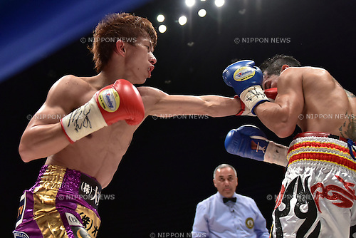 (L-R) Ryoichi Taguchi (JPN), Kwanthai Sithmorseng (THA),<br /> MAY 6, 2015 - Boxing :<br /> Ryoichi Taguchi of Japan hits Kwanthai Sithmorseng of Thailand in the third round during the WBA light flyweight title bout at Ota-City General Gymnasium in Tokyo, Japan. (Photo by Hiroaki Yamaguchi/AFLO)