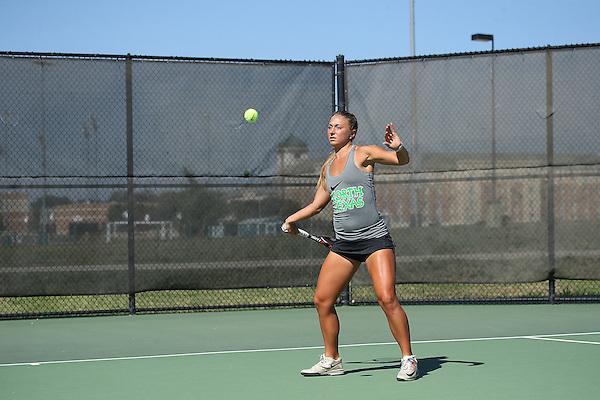 DENTON, TX - SEPTEMBER 23:  Alexis Thoma of the North Texas Mean Green Tennis team at Waranch Tennis Center in Denton on September 23, 2014 in Denton, Texas.  (Photo by Rick Yeatts)