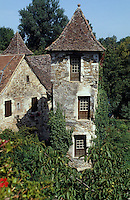 Europe/France/Midi-Pyrénées/46/Lot/Haut-Quercy/Carennac : Maison