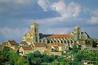 Basilica of Mary Magdelene at hilltop town of Vezelay, Burgundy, France, AGPix_0528      .
