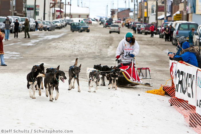 Art Church runs into the finish chute in Nome to finish in 44th place during the 2010 Iditarod