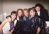 Jul 07, 1988: HONEYMOON SUITE - Photosession