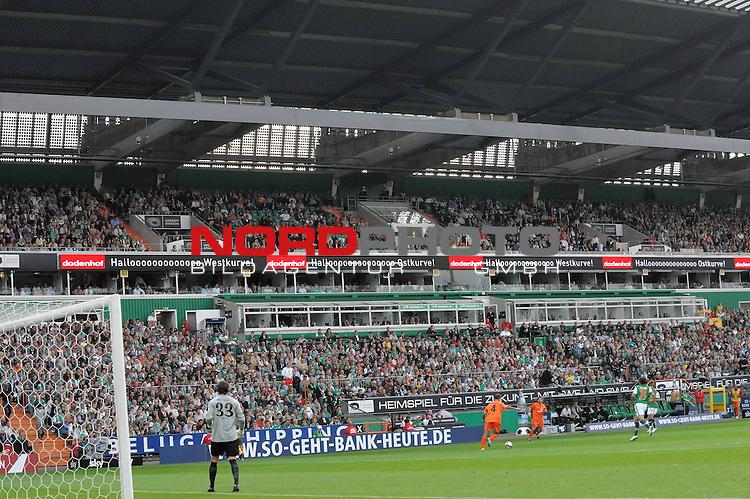 FBL 09/10  07. Spieltag Hinrunde / Weser Stadion<br /> Werder Bremen - Mainz05 3:0<br /> <br /> Feature - Anzeigenwerbung - Laufband<br /> <br /> Suekurve - Dodenhof<br /> <br /> Foto &copy; nph ( nordphoto )