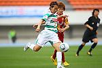 Azusa Iwashimizu (Beleza), MAY 7th, 2011 - Football : Plenus Nadeshiko League 2011 between NTV Beleza - INAC Kobe Leonessa at Komazawa Stadium, Tokyo, Japan. (Photo by YUTAKA/AFLO SPORT) [1040]