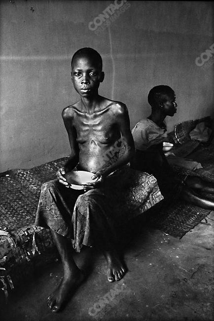 Starved girl, Biafra, Nigeria, 1969