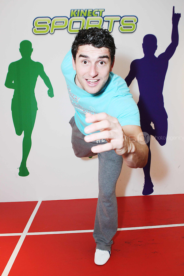 """NO REPRO FEE. Bernard Brogan, GAA All Star and 2010 Footballer of the Year, popped into the Kinect Experiential Centre on Grafton Street to get a sneak preview of Kinect ahead of launch on November 10thand take on the public in a series of sprints as part of a """"Kinect Sports"""" challenge.Kinect for Xbox 360 makes it possible to play in a whole new way by identifying your movement and body position to create a truly immersive entertainment experience. See a ball? Just kick it. Browse through a menu with the wave of a hand Picture James Horan/Collins Photos"""