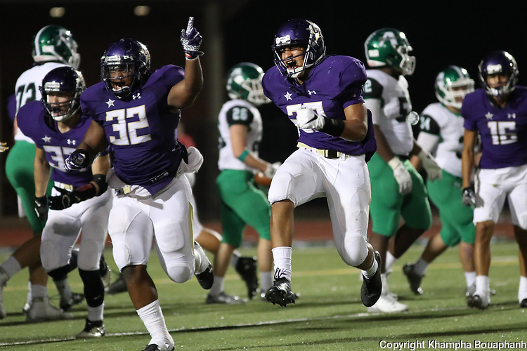 Chisholm Trail loses to Azle 28-21 in 6-5A high school football at Ranger Stadium in Fort Worth on Friday, October 6, 2017. (photo by Khampha Bouaphanh)