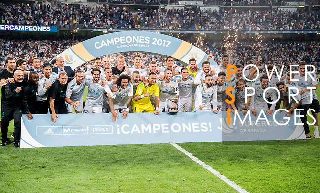 Players of Real Madrid celebrate winning the Supercopa de Espana after the Supercopa de Espana Final 2nd Leg match between Real Madrid and FC Barcelona at the Estadio Santiago Bernabeu on 16 August 2017 in Madrid, Spain. Photo by Diego Gonzalez Souto / Power Sport Images