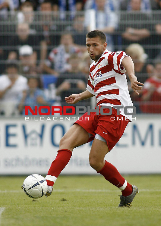 RLN 2007/2008 4. Spieltag Hinrunde<br /> BSV Kickers Emden - 1. FC Union Berlin<br /> Torsten Mattuschka (Union#17)<br /> <br /> Foto &copy; nph (  nordphoto  )<br /> <br /> <br /> <br />  *** Local Caption ***