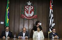 SAO PAULO, SP, 18 MARCO 2013 - ASSINATURA CONVENIO ATIVIDADE  DELEGADA -  Assinatura do convenio de atividade delegada, um convenio que acrescenta novas atribuicoes a parceria da atividade delegada, firmada em 2009 pelo Governo do Estado e a  Prefeitura de SP  no palacio Bandeirantes nessa segunda 18. (FOTO: LEVY RIBEIRO / BRAZIL PHOTO PRESS)...