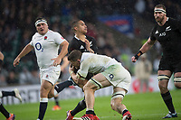 Twickenham, United Kingdom, Saturday, 10th  November 2018, RFU, Rugby, Stadium, England,  Aaron SMITH feel's ,the weight,  of Mark WILSONS, tackle during the  during the, Quilter, Autumn International, England vs New Zealand © Peter Spurrier