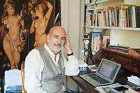 Giuseppe Scaraffia, torinese, è scrittore e francesista. Si è laureato in Filosofia alla Statale di Milano con una tesi sulla felicità in Diderot. Roma, 2 0ttobre 2017. © Leonardo Cendamo