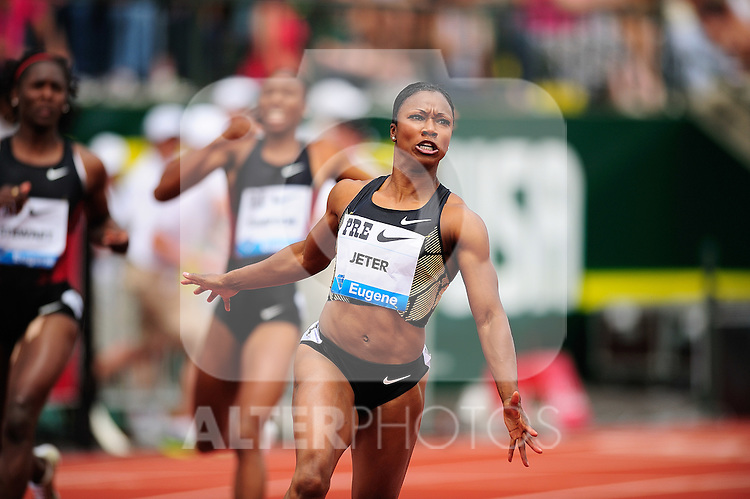 04.06.2011, Eugene, USA, Prefontaine Classic Track Meet, im Bild Carmelita Jeter (USA) placed first in the women's 100m run with a time of 10.70 at the Prefontaine Classic at Hayward Field in Eugene, Oregon..June 4, 2011. EXPA Pictures © 2011, PhotoCredit: EXPA/ New Sport Photo +++++ ATTENTION - OUT OF USA  +++++