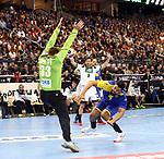 12.01.2019, Mercedes Benz Arena, Berlin, GER, Germany vs. Brazil, im Bild 7m, Andreas Wolff (GER #33), Thiago Ponciano (BRA #35)<br /> <br />      <br /> Foto &copy; nordphoto / Engler