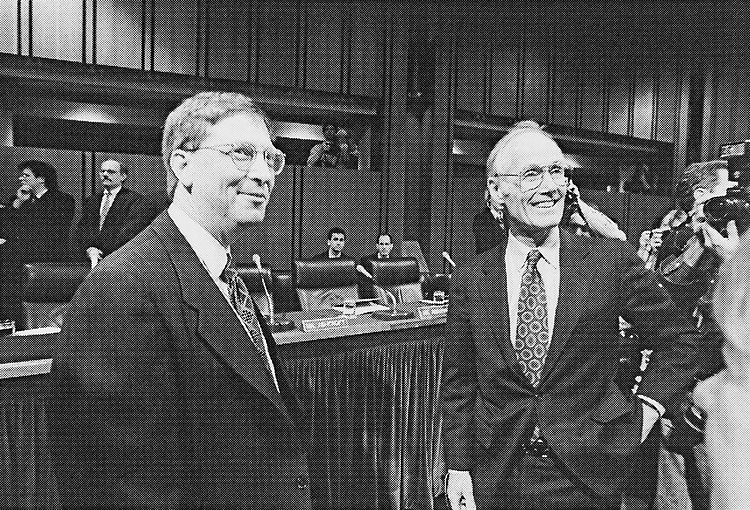 Sen. Slade Gorton, R-Wash. with Bill Gates in 1998. (Photo by Shana Raab/CQ Roll Call)