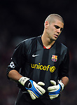 Victor Valdes of Barcelona dejected during the Champions League semi-final 2nd leg match at Old Trafford, Manchester. Picture date 29th April 2008. Picture credit should read: Simon Bellis/Sportimage