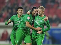 FUSSBALL   1. BUNDESLIGA  SAISON 2011/2012   11. Spieltag   29.10.2011 1.FSV Mainz 05 - SV Werder Bremen JUBEL Werder Bremen;  Mehmet Ekic, Claudio Pizarro und  Torschuetze zum 1-2 Aaron Hunt  (v.li.)