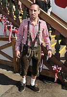 FUSSBALL   1. BUNDESLIGA   SAISON 2011/2012    Die Mannschaft des FC Bayern Muenchen besucht das Oktoberfest am 02.10.2011 Franck Ribery (FC Bayern Muenchen)