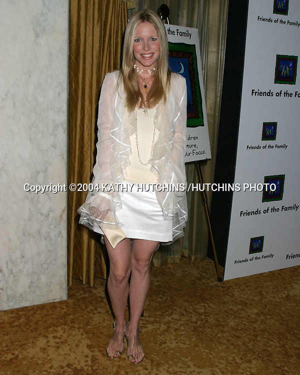 ©2004 KATHY HUTCHINS /HUTCHINS PHOTO.FRIENDS OF THE FAMILY 2004 GALA.BEVERLY WILSHIRE HOTEL.BEVERLY HILLS, CA.JUNE 4, 2004..LAURALEE BELL