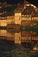 Europe/France/Limousin/19/Corrèze/Vallée de la Dordogne/Argentat: Lumière du soir sur la Dordogne