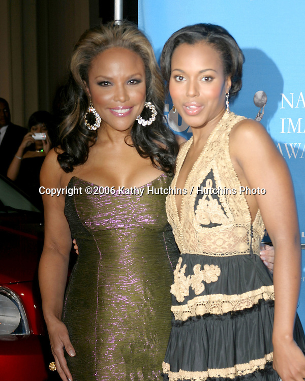 Lynn Whitfield.Kerry Washington.37th NAACP Image Awards.Shrine Auditorium.Los Angeles, CA.February 25, 2006.©2006 Kathy Hutchins / Hutchins Photo....                 V