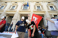 Roma, 13 Settembre 2010.Protesta davanti il Ministero dell'Istruzione MIUR.con studenti ,insegnanti e precari..Rome, 13 September 2010.Protest outside the Ministry of Education MIUR.with students, teachers and precarious..