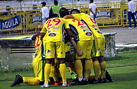 NEIVA-COLOMBIA, 06-04-2019: Los jugadores de Atlético Huila celebran el gol anotado a América de Cali, durante partido entre Atlético Huila y América de Cali, de la fecha 14 por la Liga Aguila, I 2019 en el estadio Guillermo Plazas Alcid de Neiva. / The players of Atletico Huila celebrate a goal scored to América de Cali, during a match between Atletico Huila and America de Cali of the 14th date for the Liga Aguila I 2019 at the Guillermo Plazas Alcid Stadium in Neiva city. Photo: VizzorImage  / Sergio Reyes / Cont.