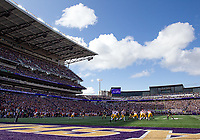 The Huskies and Trojans faced off on a lovely day at Husky Stadium.