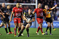 Chris Cook of Bath Rugby in possession. European Rugby Champions Cup match, between RC Toulon and Bath Rugby on January 10, 2016 at the Stade Mayol in Toulon, France. Photo by: Patrick Khachfe / Onside Images