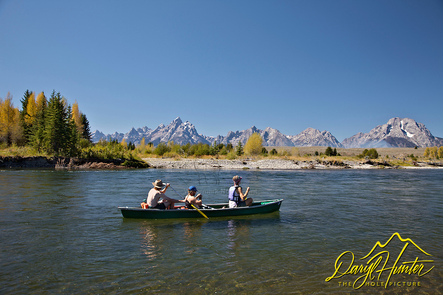 Canoe trip, Snake River, Grand Teton National Park, Jackson Hole, Wyoming