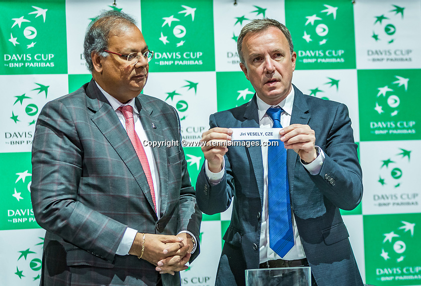 The Hague, The Netherlands, September 13, 2017,  Sportcampus , Davis Cup Netherlands - Chech Republic, Draw, <br /> Photo: Tennisimages/Henk Koster