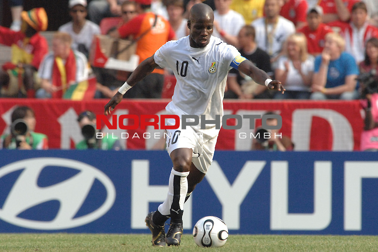 FIFA WM 2006 -  Gruppe E Vorrunde ( Group E )<br /> Play     #26 (17-Jun) - Tschechien - Ghana<br /> <br /> Stephen Appiah (GHA)<br /> <br /> Foto &copy; nordphoto